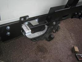 defender montage d 39 un porte roue kaymar sur un 110 land rover faq. Black Bedroom Furniture Sets. Home Design Ideas